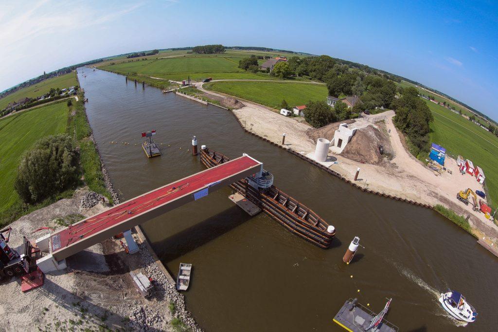 Fietsbrug Ritsumasyl - Foto:  Chantal van den Berg, Bouwfotografe