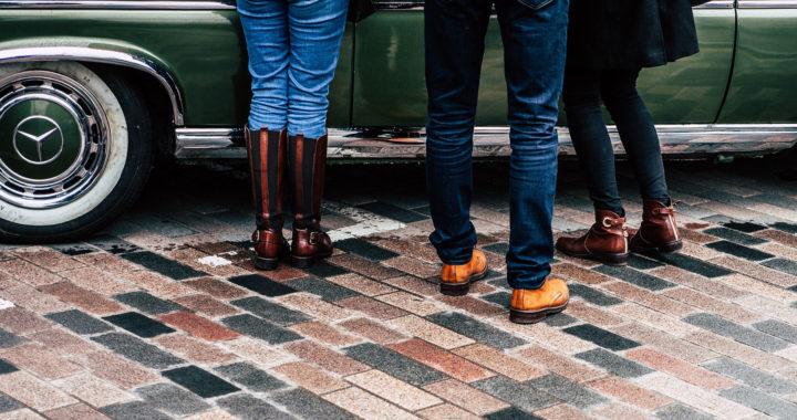 Ambtenaren-spijkerbroeken gaan recycling in en worden isolatiemateriaal