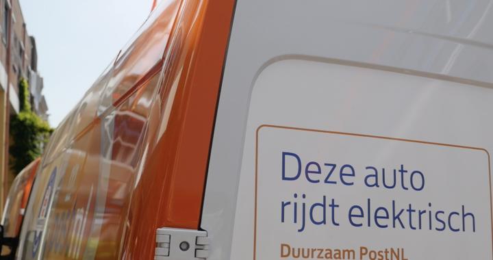 Leeuwarden eerste binnenstad waar PostNL uitstootvrij gaat bezorgen