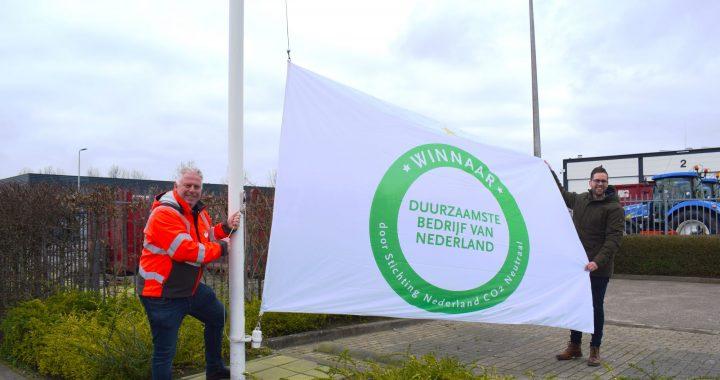 Omrin en DVC hijsen meest duurzame vlag