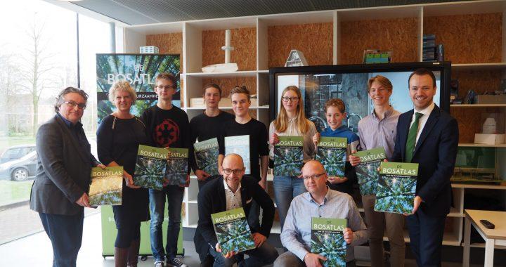 Duurzame Bosatlas: primeur voor Sneker scholieren