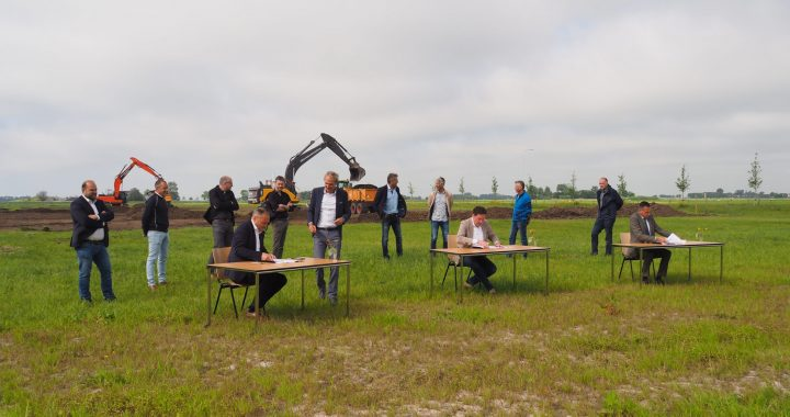 Bouwovereenkomst duurzaam nieuwbouw pand werk-/leerbedrijf NEF ondertekend
