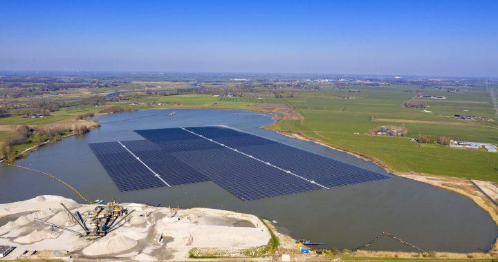 Eerste onderzoeksresultaten naar effecten drijvend zonnepark op waterecologie en – biodiversiteit bekend